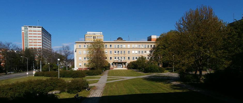 Budova s ordinacemi praktických lékařů